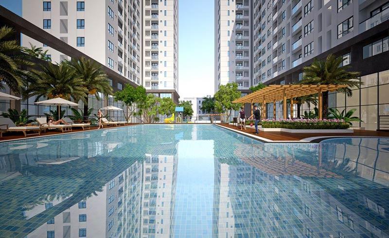 Hồ bơi nội khu tại dự án Q7 Boulevard