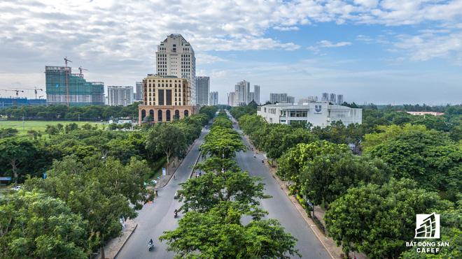 Giá nhà trên các trục đường chính ở khu Nam Sài Gòn tăng chóng mặt trong thời gian qua.