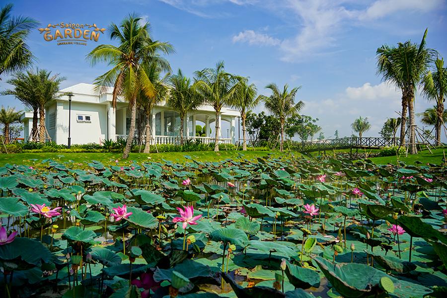 Hồ cảnh quan tại Saigon Garden Riverside Village Quận 9