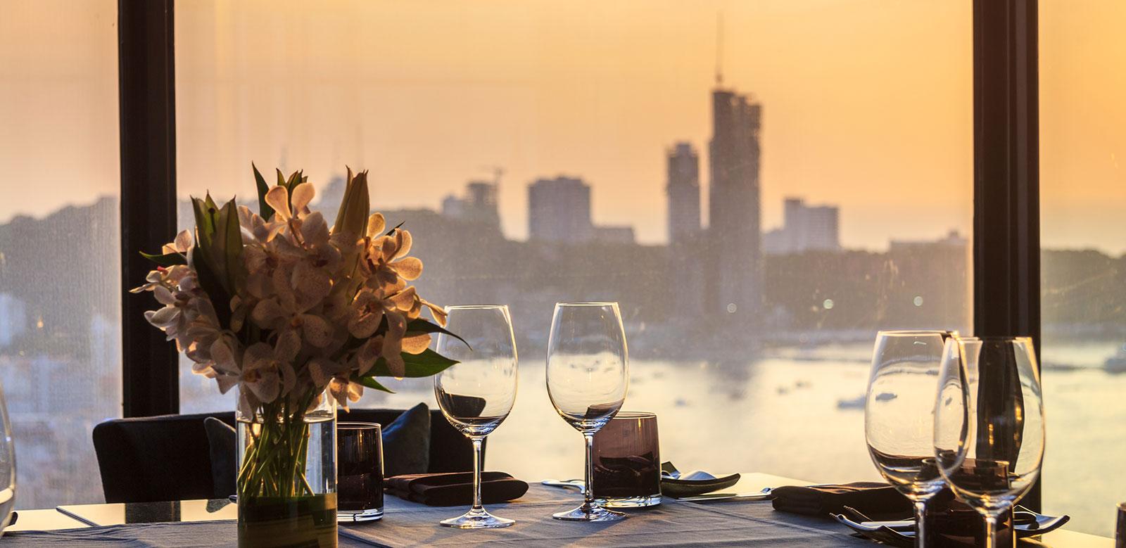 Nhà hàng tiện ích ven sông